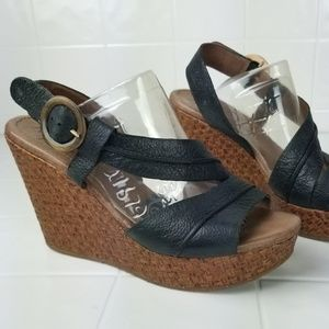 NAYA size 9 Wide woven wedged leather sandals